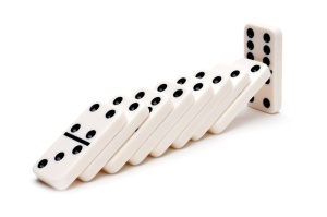 dominoes1