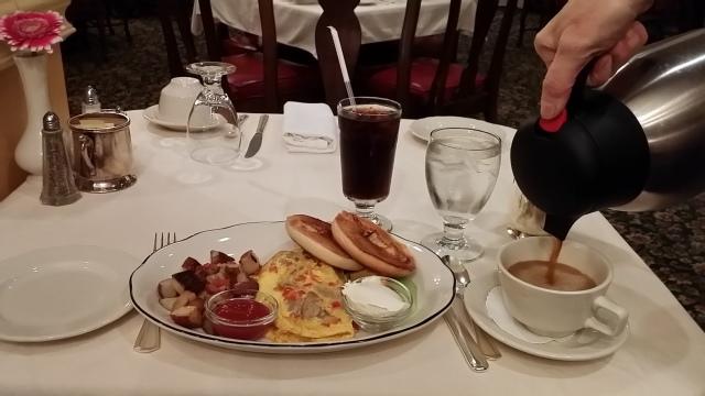 Breakfast at Williams Inn