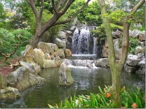 darlingharbour-waterfall
